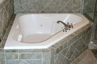 Whirlpool Tub Harbour House Hotel