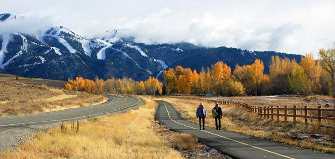 Romantic Hike in North  Idaho
