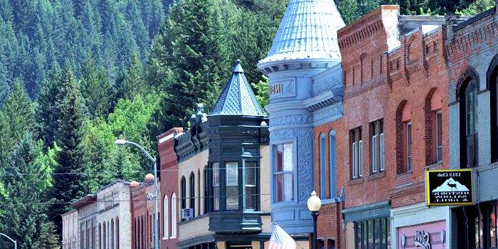 North Idaho Mountain Town