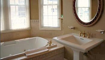 Ocean City NJ Hot Tub Suite