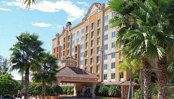 Orlando Hotel with Hot Tub Suites