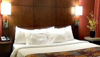 Romantic Norfolk VA Hotel