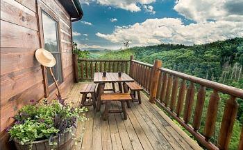 Serenity Breeze Cabin