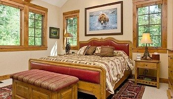 Virginia Log Cabin Bedroom