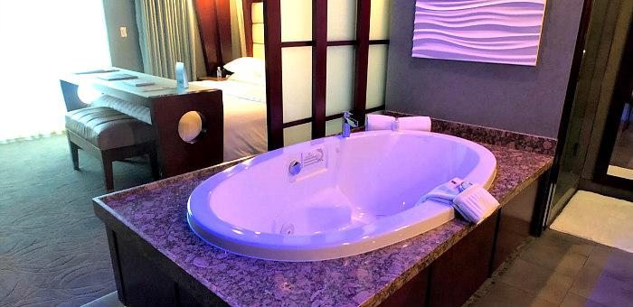 Shade Hotel Hot Tub Suite, Manhattan Beach, California