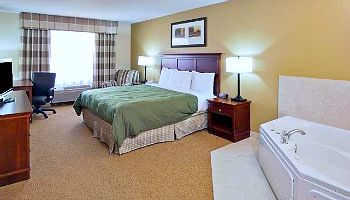Country Inn & Suites Jacuzzi Suite in Tempe, Arizona