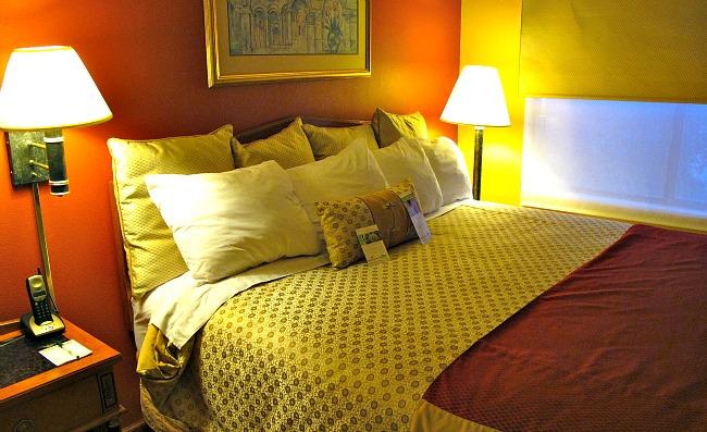 Bedroom at the Wingate Atlanta Buckhead Hotel